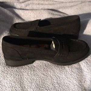 Arizona black suede loafer